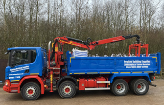 8 Wheeler Tipper/Hiab Lorries