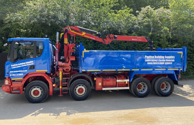 Haulage - 8 Wheeler Tipper/Grab Lorries
